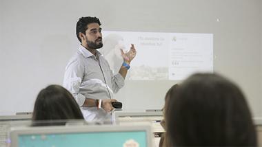 Claudio Inacio - Profesor Ecommaster